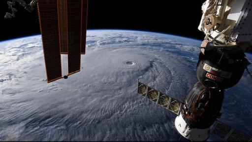 Imagens da Estação Espacial mostram dimensão aterrorizante do furacão Lane