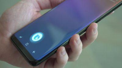 Usuários do Galaxy S10 poderão definir como convocar o assistente Bixby