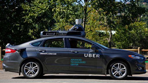 Repórter do NYT conta como é andar em carro autônomo da Uber
