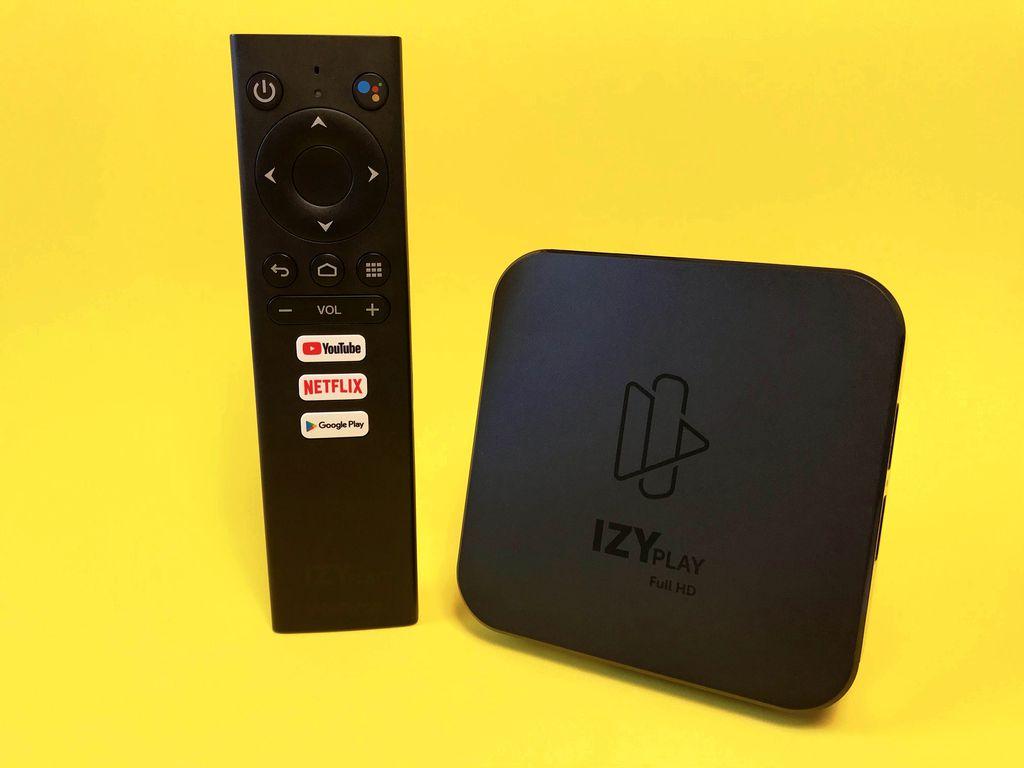Visual da Izy Play segue o padrão das TV box Android disponíveis no mercado, enquanto o controle é a cara dos que são oferecidos com a Mi Box