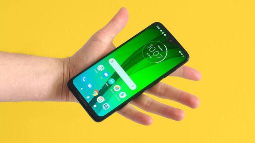 TOP 5: Os melhores celulares custando menos de R$ 1.200