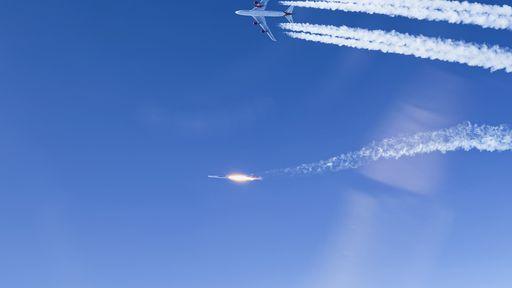 Virgin Orbit envia dez satélites à órbita com foguete lançado por avião