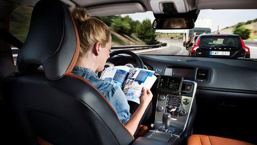 Carro autônomo da Volvo deve ir às ruas em 2017