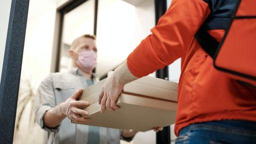 Golpe do delivery faz Yasmin Brunet perder R$ 7,9 mil; veja como se proteger