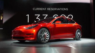 Tesla revela que teve seu primeiro trimestre lucrativo desde 2016