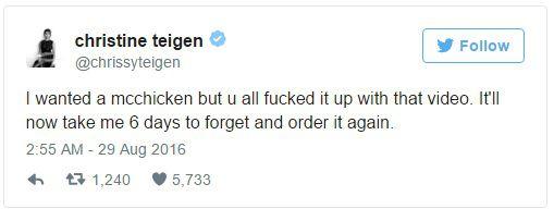 Twitter Christine Teigen