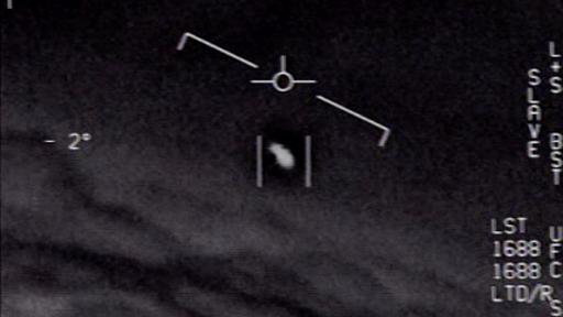 Voos comerciais e militares relatam OVNI brilhante no espaço aéreo canadense