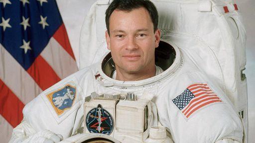 Ex-astronauta da NASA voltará ao espaço em 1º missão privada da Axiom Space