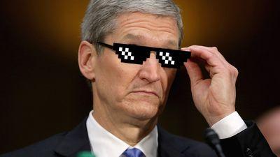 Em recorde de ações, Apple é avaliada em US$ 1,121 trilhão