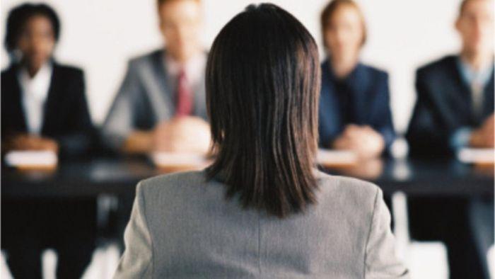 Cinco erros graves que muitos cometem na entrevista de emprego