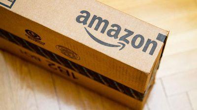 Amazon e Azul estariam negociando serviço de entrega de mercadorias no Brasil