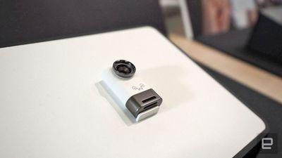 Dongle USB adiciona segunda câmera no seu smartphone