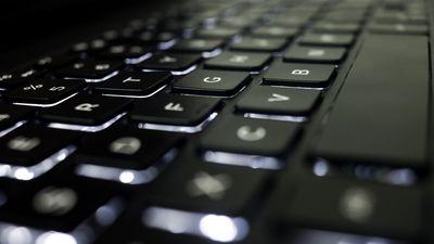 Saiba como controlar um PC usando o seu celular