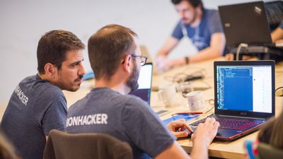 Ironhack organiza evento para a contratação de programadores recém-formados