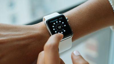 Próxima versão do watchOS pode suportar watchfaces externas, sugere código