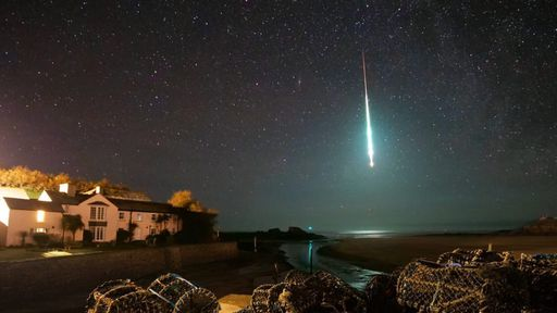 Meteoro deixa a noite quase tão clara quanto o dia na Inglaterra