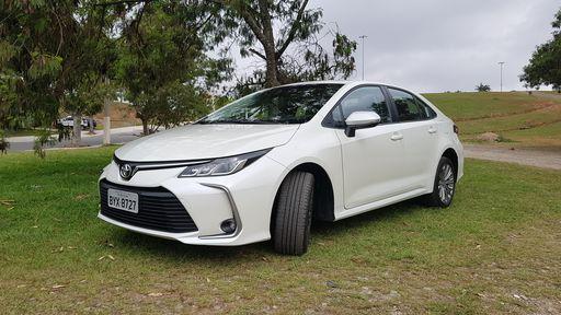 Análise | Toyota Corolla continua reinando em terra de SUVs