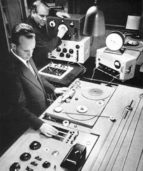 primeiro estúdio de música eletrônica