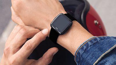 Versa   Novo smartwatch da Fitbit tem bateria com quatro dias de duração