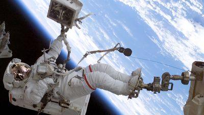 NASA desiste de fazer spacewalk apenas com astronautas mulheres neste mês