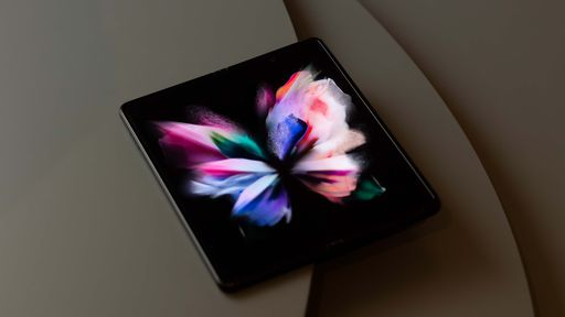 Samsung quer Galaxy Z Fold 4 ainda mais barato para popularizar dobráveis