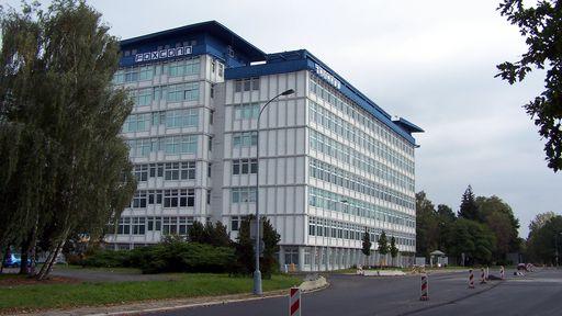Muito além de smartphones: Foxconn produzirá carros para outras montadoras
