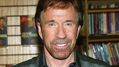Easter Egg: Chuck Norris dá as caras em nova brincadeira do Google