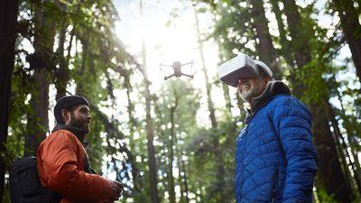 DJI anuncia novos controle remoto, óculos para controlar drones e mais produtos
