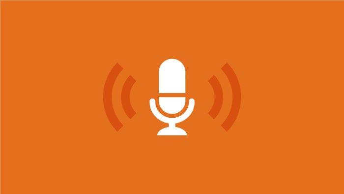 Projeto que obriga crédito de música vinculada em podcast avança na Câmara