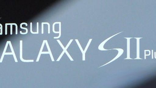 Imagens do possível Samsung Galaxy SII Plus vazam na internet