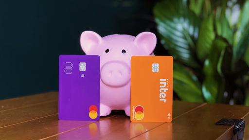Banco Inter ou Nubank: qual é o melhor banco digital?