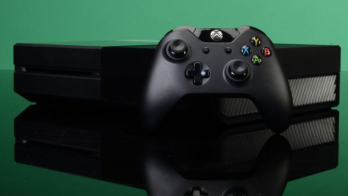 Microsoft reduz preço do Xbox One e anuncia versão de 1 TB do console