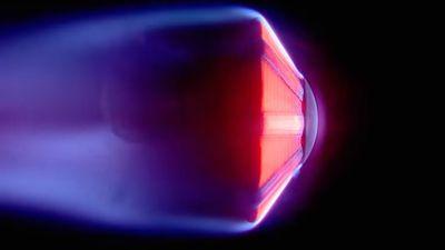 """NASA desenvolve """"sombrinha"""" dobrável para proteger espaçonaves de calor intenso"""