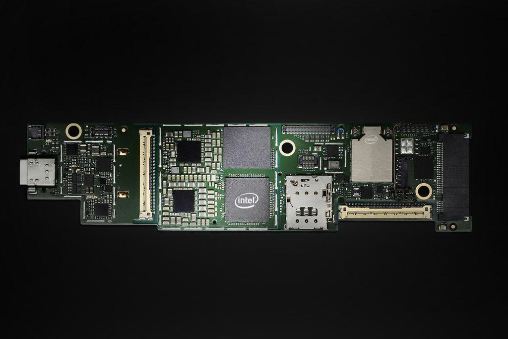 Intel Core Lakefield em placa similar à que equipará os novos Lenovo ThinkPad X1 Fold e Samsung Galaxy Book S