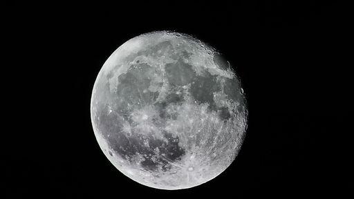 """A magnetosfera da Terra pode ajudar a """"abastecer"""" a Lua com água"""
