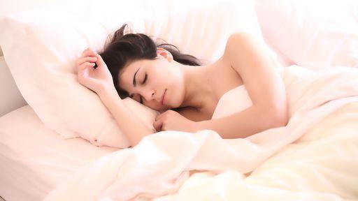 Pesquisa aponta que Night Shift do iOS não melhora a qualidade do sono