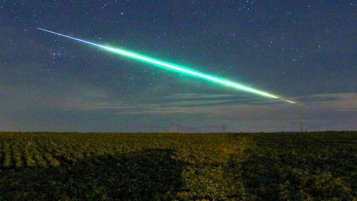 Meteoro 100 vezes mais brilhante que Vênus iluminou o céu de São Paulo