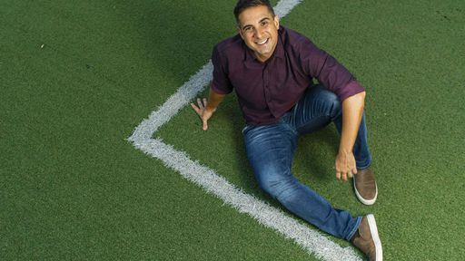 FIFA 21   Gustavo Villani conta como foi narrar o novo jogo de futebol