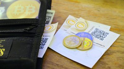 União Europeia quer acabar com o anonimato em transações com criptomoedas