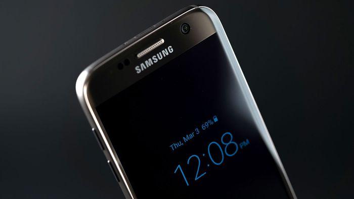 ba5e1974d9 Samsung poderá adiar lançamento do Galaxy S8 - Smartphone