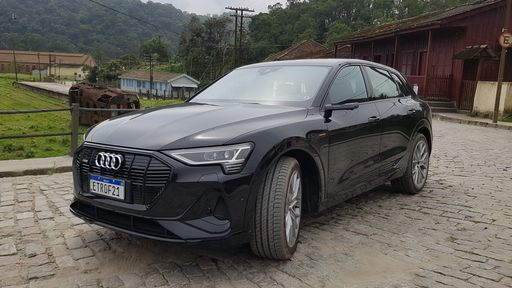 Audi e-Tron: passamos um dia com o primeiro SUV 100% elétrico da marca
