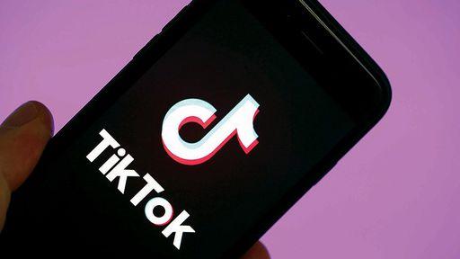 Jovem morre afogado em lago na Índia ao gravar vídeos para o TikTok