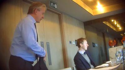 CEO da Cambridge Analytica é afastado por aparecer em gravação sugerindo suborno