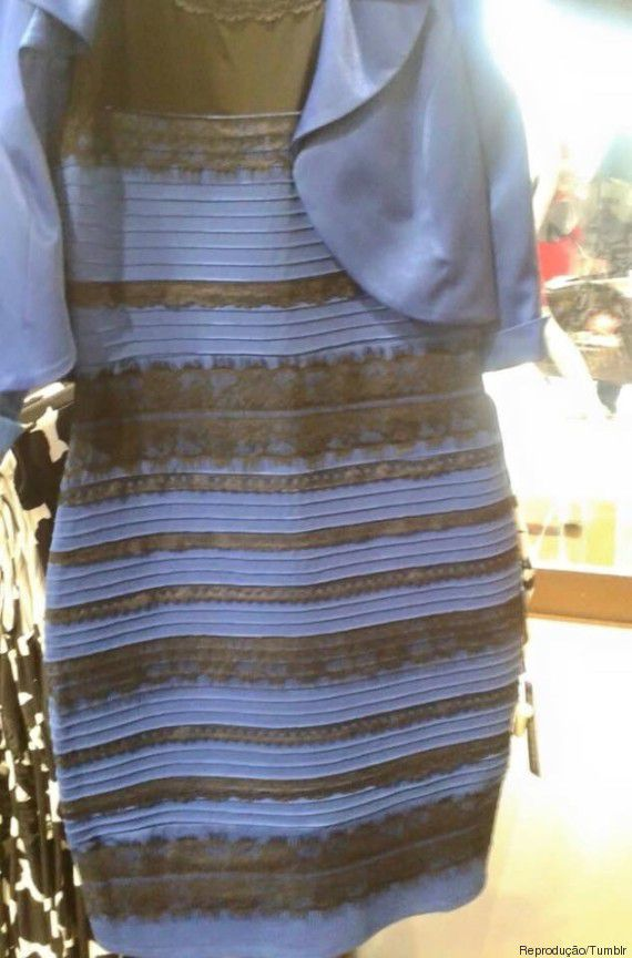 Vestido azul e preto