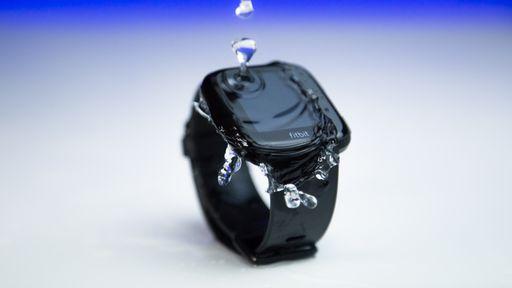 Fitbit Versa combina recursos fitness em um smartwatch de somente 40 gramas