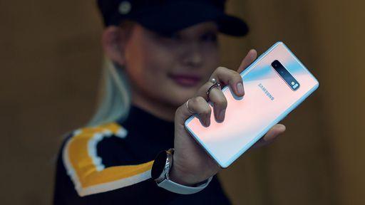 Samsung começa a disponibilizar atualização com patch de julho para o Galaxy S10