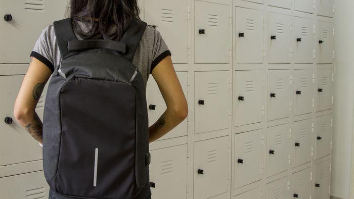 Testamos a famosa mochila antifurto do Instagram. Vale a pena?