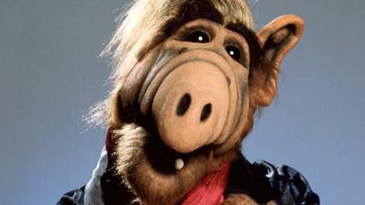 Warner Bros está estudando reboot de Alf: O Eteimoso