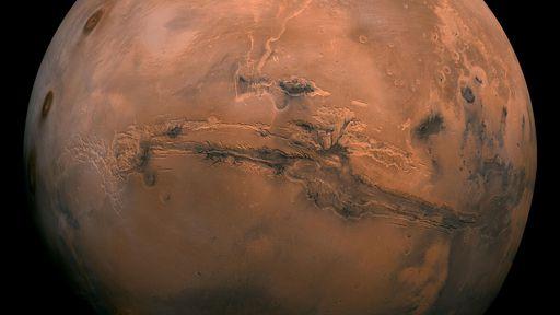 Marte pode ter passado por ciclos alternando umidade e seca até ficar árido