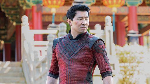 Shang-Chi e a Lenda dos Dez Anéis ganha trailer, imagens inéditas e pôster